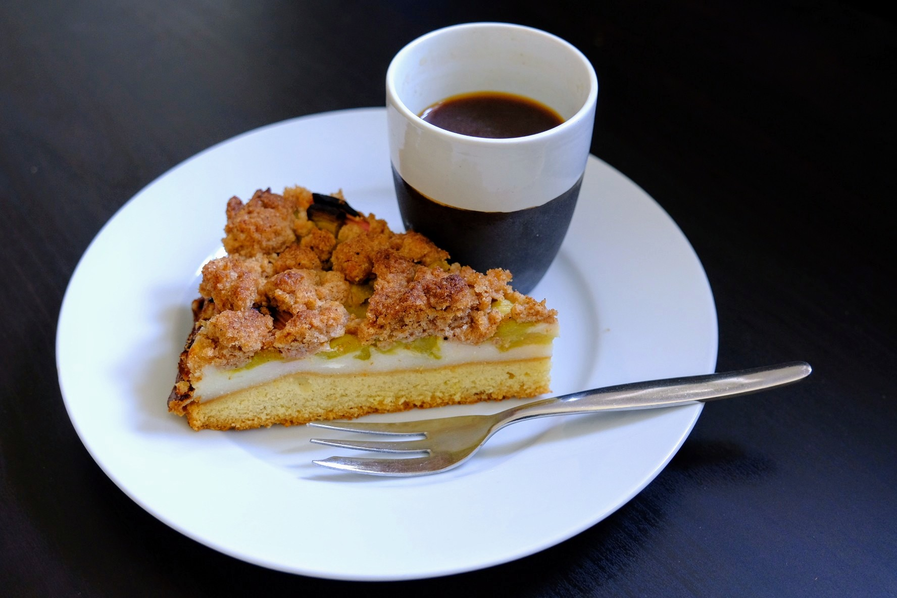 Rhabarberkuchen-Experimente #2: Quarkcreme und Streusel